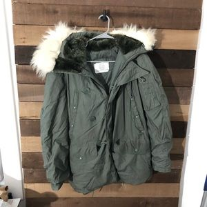 Vintage Military Issued Men's Parka Jacket